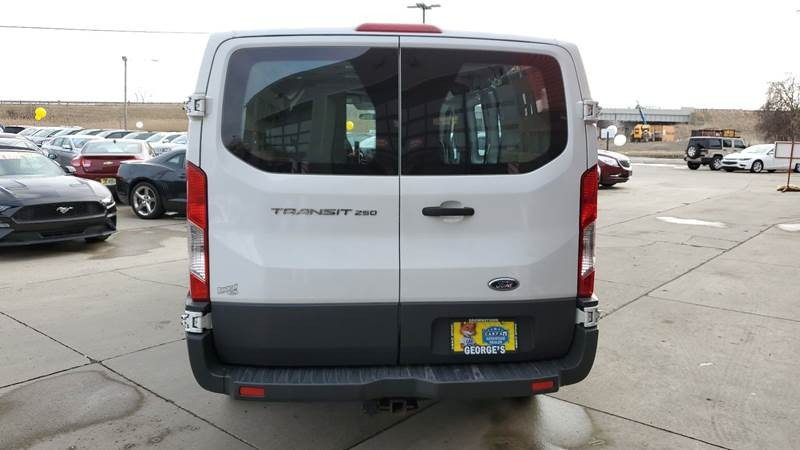 Ford Transit Cargo 2015 price