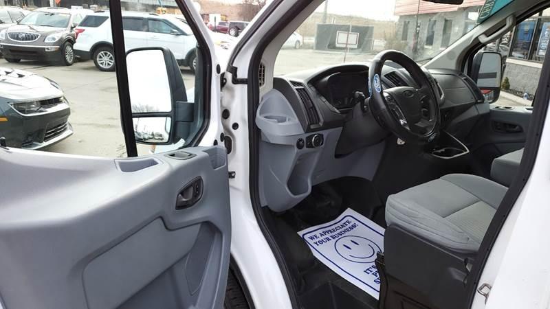 Ford Transit Cargo 2015 price $17,750