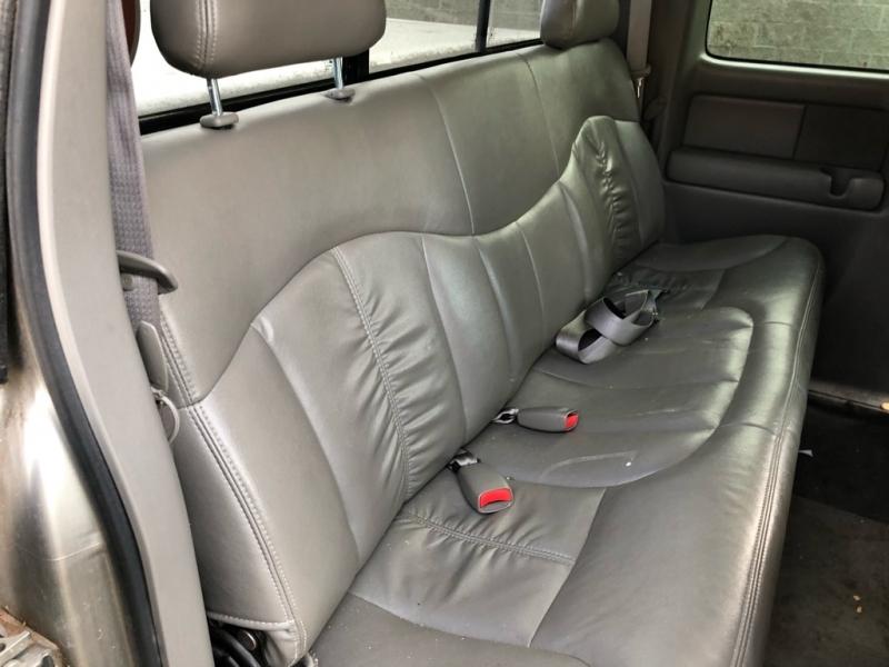 GMC NEW SIERRA 2000 price $3,500