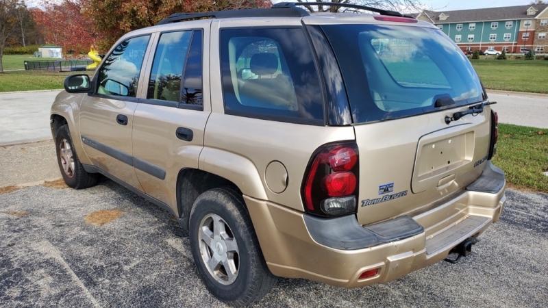 CHEVROLET TRAILBLAZER 2004 price $2,200