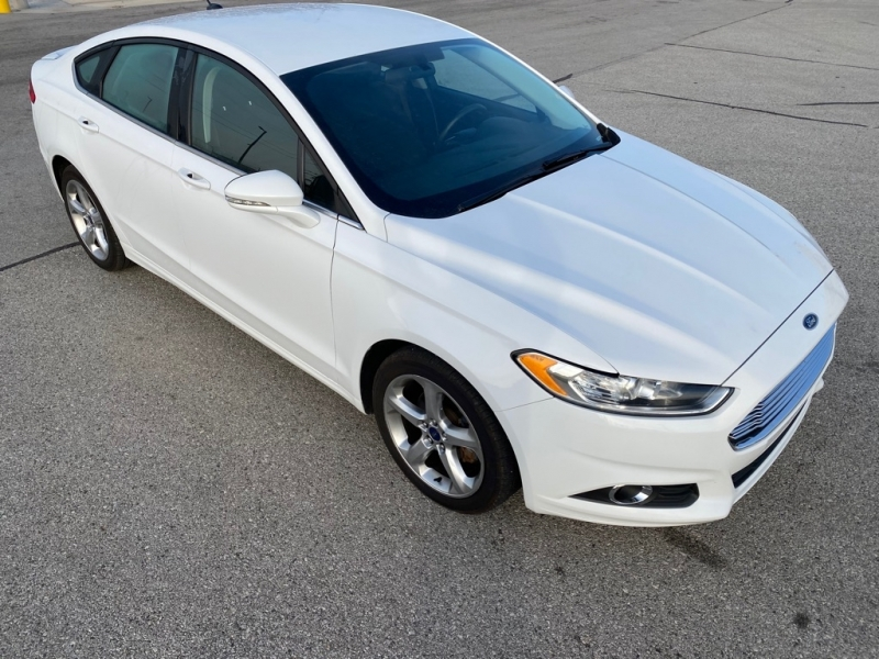 FORD FUSION 2016 price $11,400