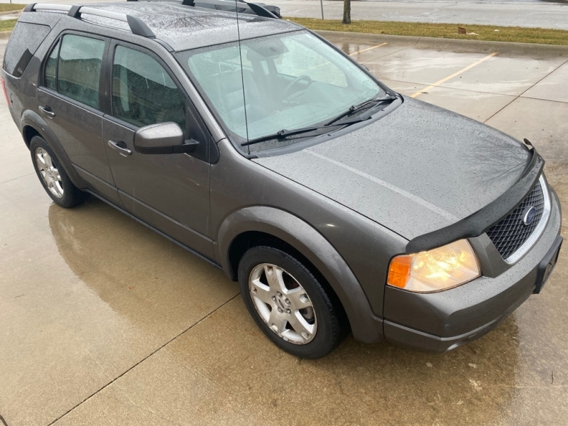 FORD FREESTYLE 2005 price $2,900