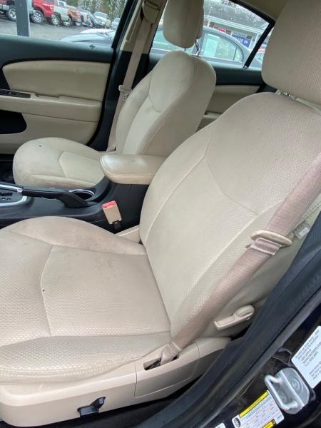 CHRYSLER 200 2011 price $4,900