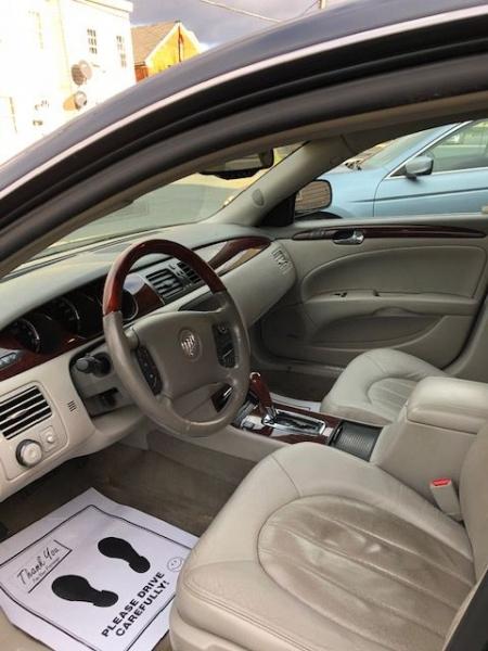 Buick Lucerne 2009 price $7,995