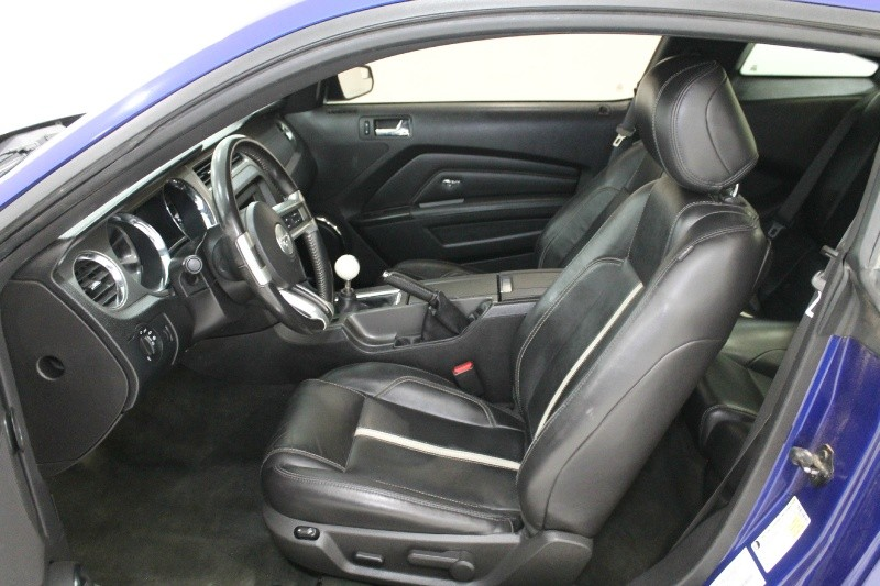 Ford MUSTANG 2013 price $18,777