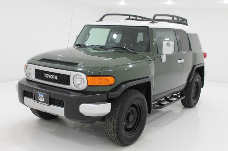 Toyota FJ CRUISER 2010 price $18,777