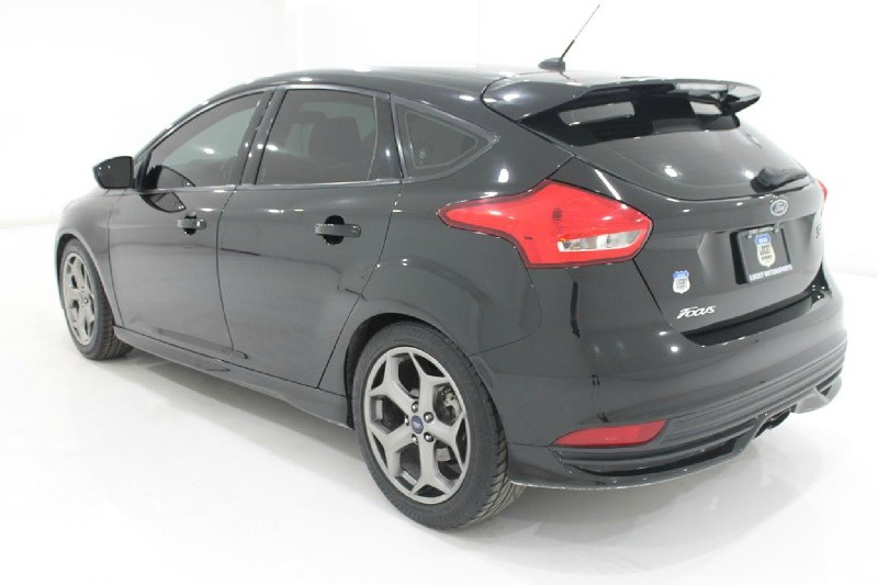Ford FOCUS 2017 price $19,777
