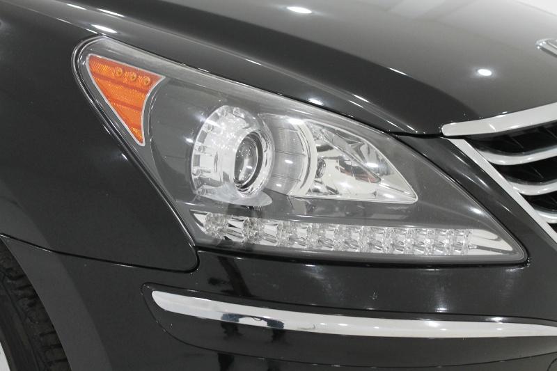 HYUNDAI EQUUS 2011 price Call for Pricing.