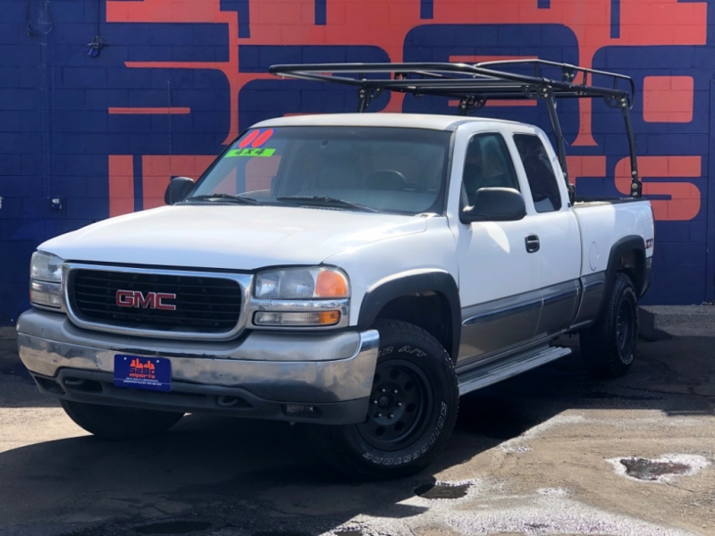 GMC New Sierra 1500 2000 price $3,988