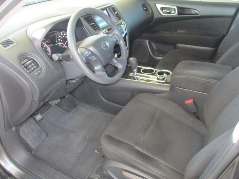 Nissan Pathfinder 2016 price $19,500