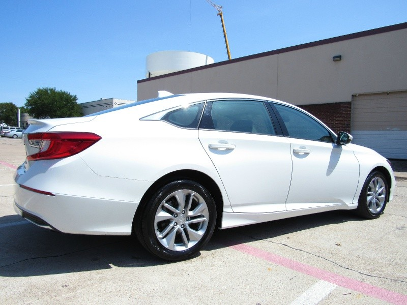 Honda Accord LX,Push-Start 2018 price $20,995