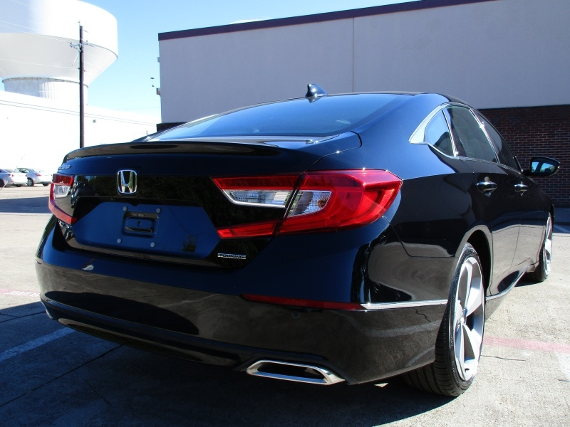 Honda Accord Touring Package 2018 price $29,495