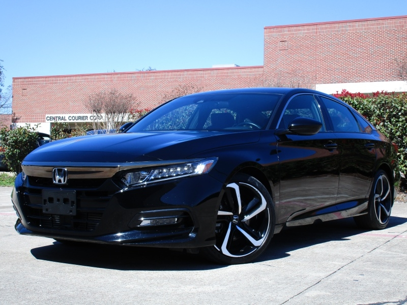 Honda Accord Sport,Apple,Android Car-Play 2018 price $21,495