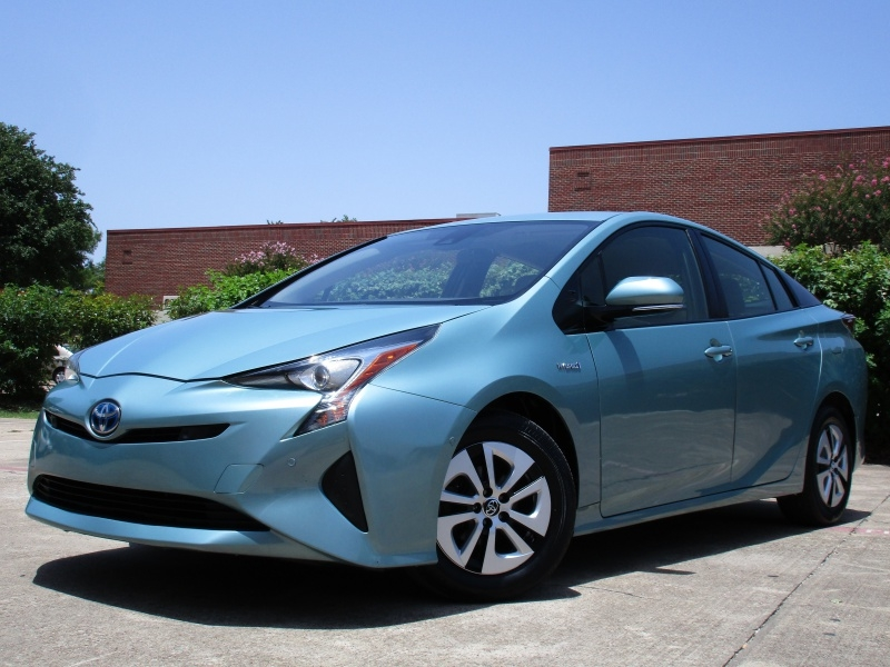 Toyota Prius Two,Lane Departure Alert Assist 2018 price $19,495