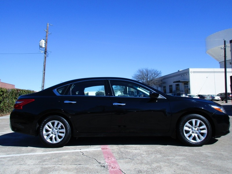 Nissan Altima 2.5 S 2018 price $16,995