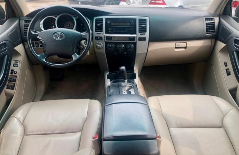 Toyota 4Runner 2003 price $7,495