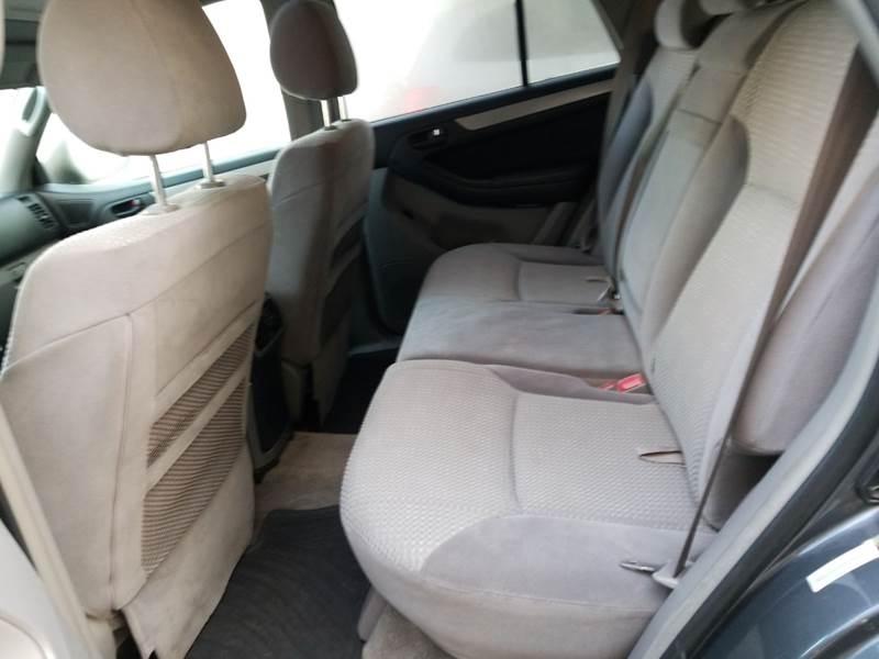 Toyota 4Runner 2003 price $3,295
