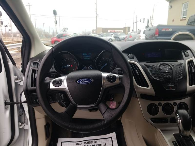 Ford Focus 2012 price $3,595