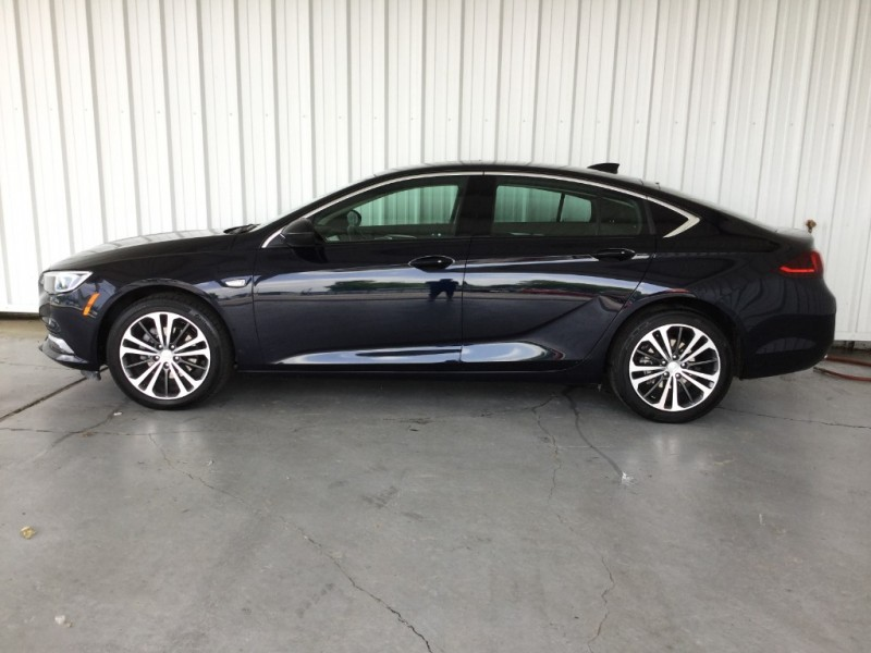 Buick Regal Sportback 2018 price $21,995