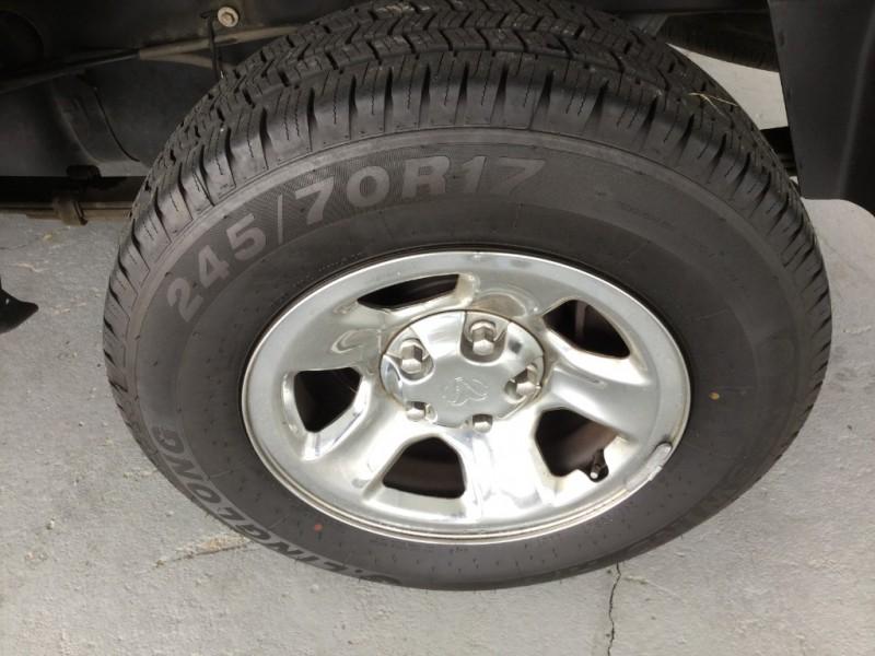 Dodge Ram 1500 2004 price $6,995