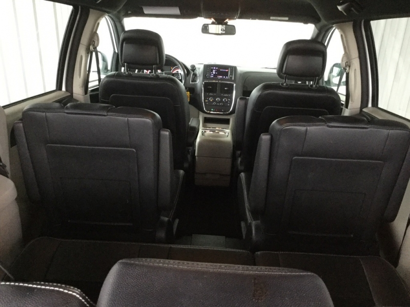 Dodge Grand Caravan 2019 price $18,299