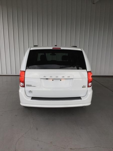 Dodge Grand Caravan 2019 price $19,399