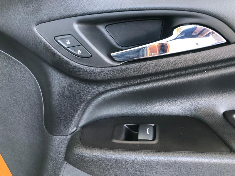 Chevrolet Equinox 2018 price $17,995