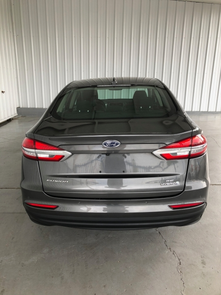 Ford Fusion Hybrid 2019 price $15,450