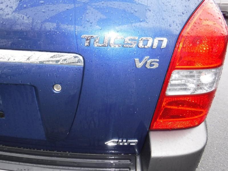 Hyundai Tucson 2007 price $5,950