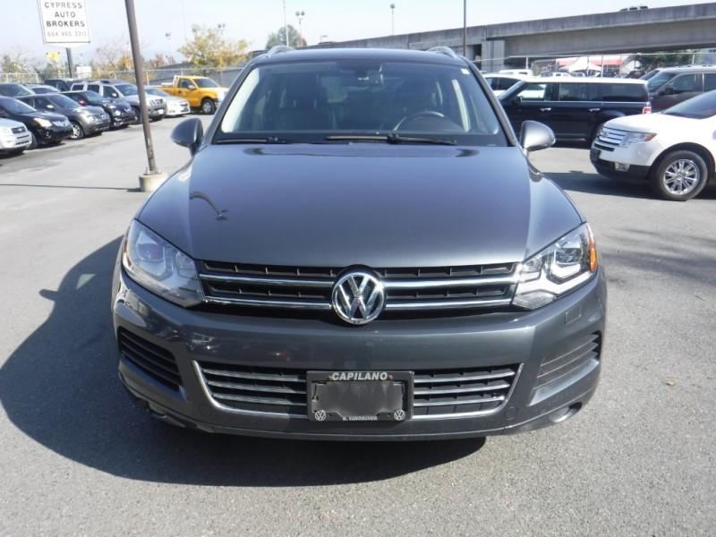 Volkswagen Touareg 2014 price $28,950