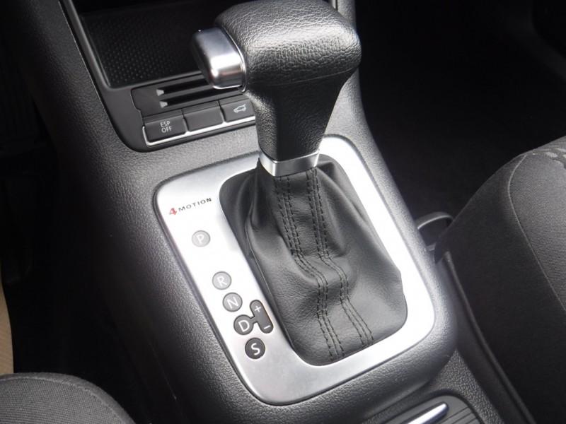 Volkswagen Tiguan 2010 price $9,950
