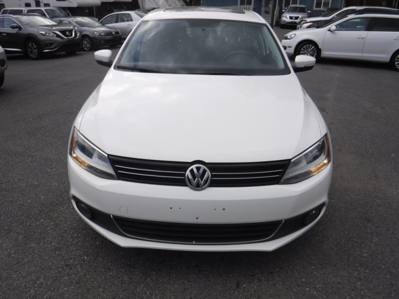 Volkswagen Jetta Sedan 2013 price $12,950