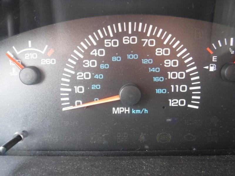 Dodge Ram Van 2000 price $24,950