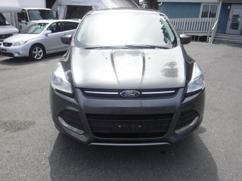 Ford Escape 2015 price $12,950