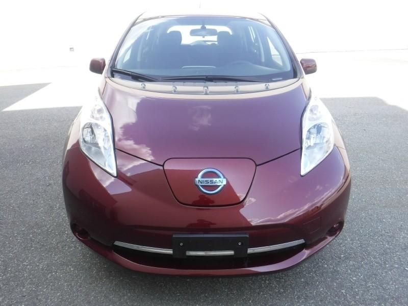 Nissan LEAF 2017 price $20,950