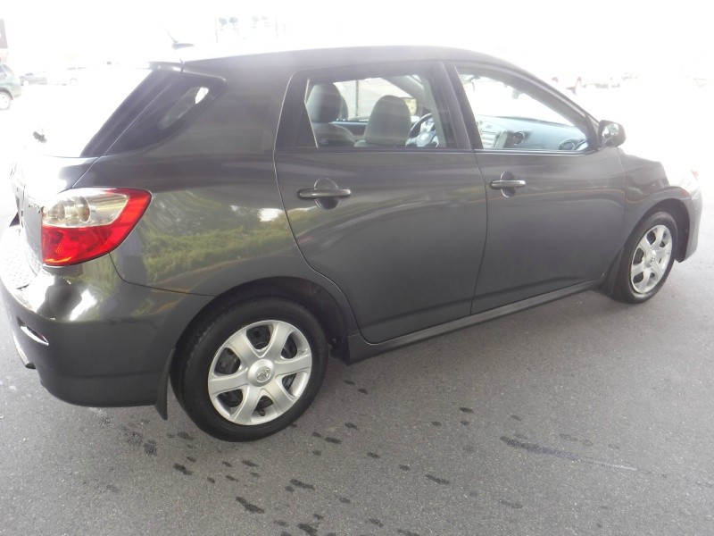 Toyota Matrix 2010 price $8,950