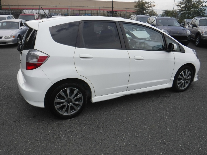 Honda Fit 2013 price $10,950