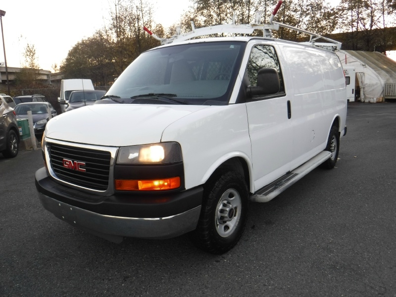 GMC Savana Cargo Van 2010 price $10,950