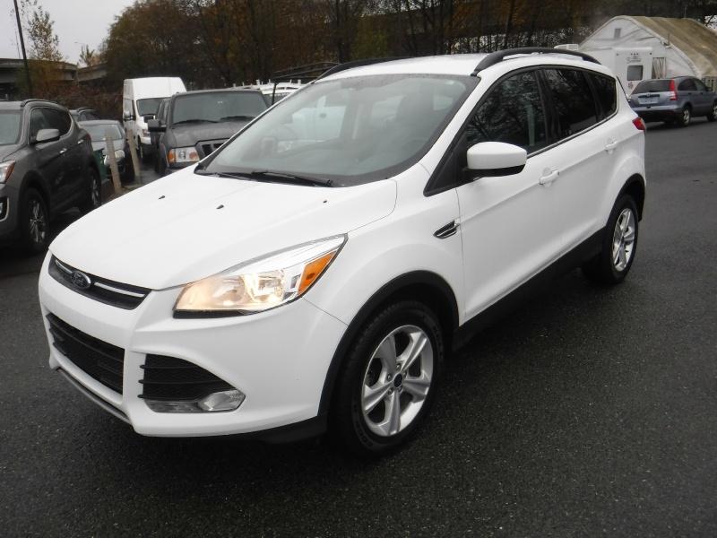 Ford Escape 2016 price $13,950