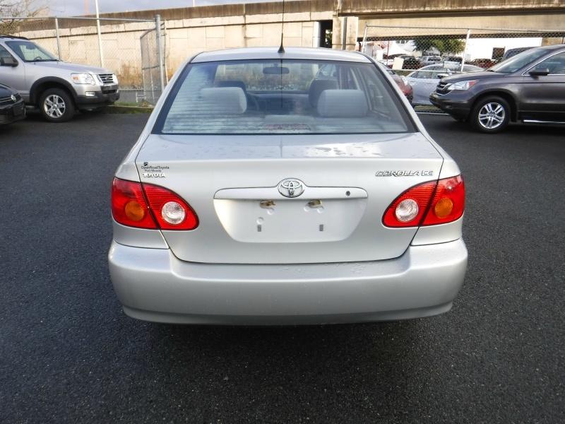 Toyota Corolla 2004 price $4,950