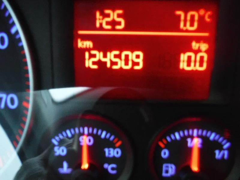 Volkswagen Rabbit 2008 price $5,950