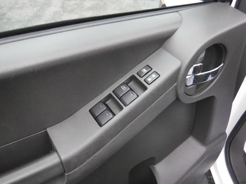 Nissan Xterra 2011 price $13,950