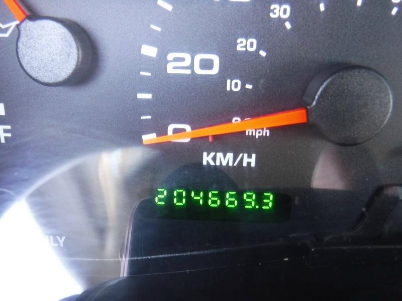 Ford Super Duty F-350 SRW 2003 price $17,950