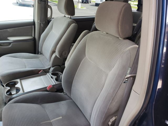 Toyota Sienna 2006 price $6,400