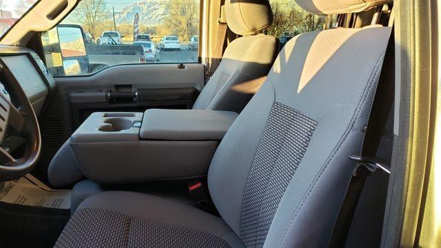 Ford F250 Super Duty Crew Cab 2012 price $25,995