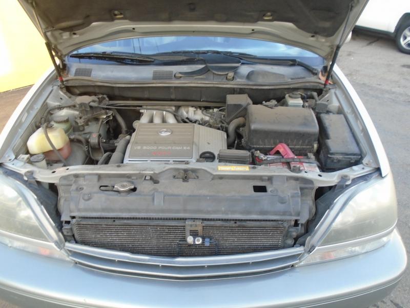 Lexus RX300 2000 price $5,650