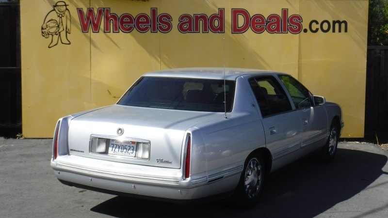 Cadillac DeVille 1999 price $2,750