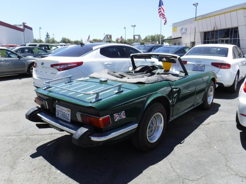 Triumph TR6 1974 price $10,500