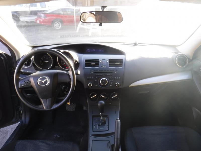Mazda 3 2012 price $7,534