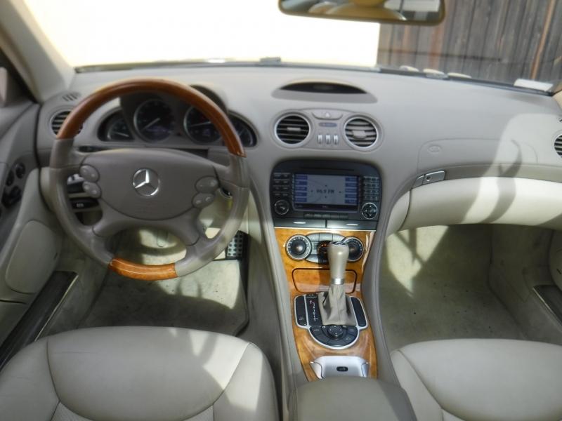 Mercedes-Benz SL550 2007 price $14,999